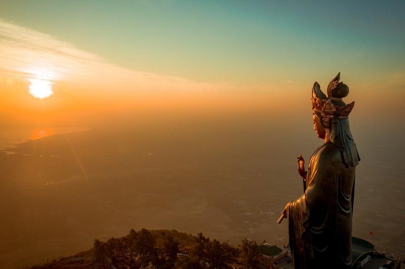 top 7 địa điểm du lịch tâm linh vô cùng linh thiêng và nổi tiếng tại Tây Ninh 01